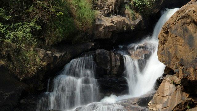 Kerala Tourism Attractions - Atukkad Waterfalls, Munnar