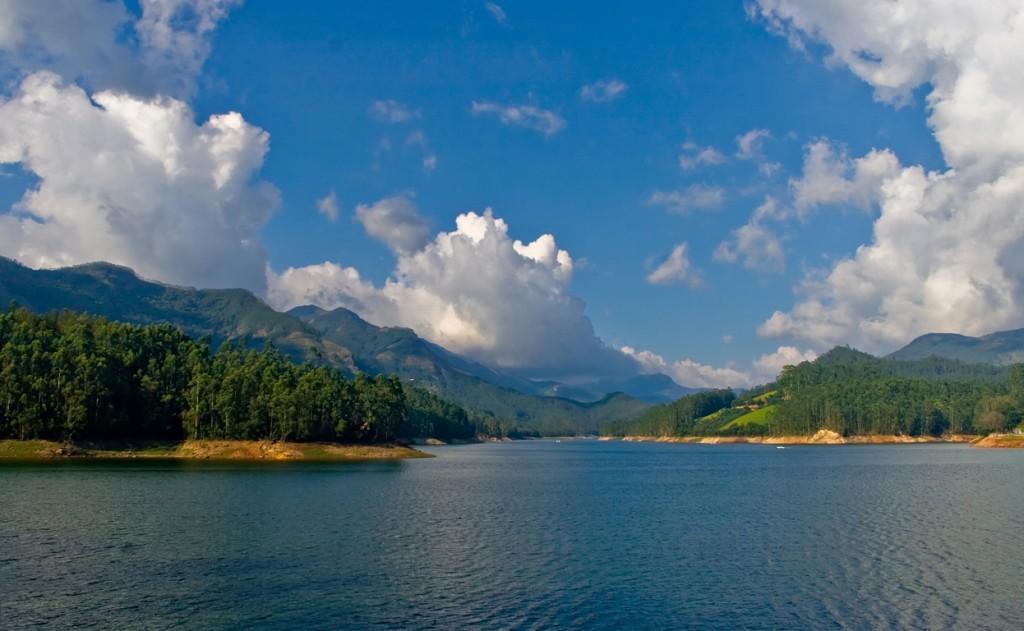 Kerala Tourism Attractions - Mattupetty Dam Reservoir -  Munnar